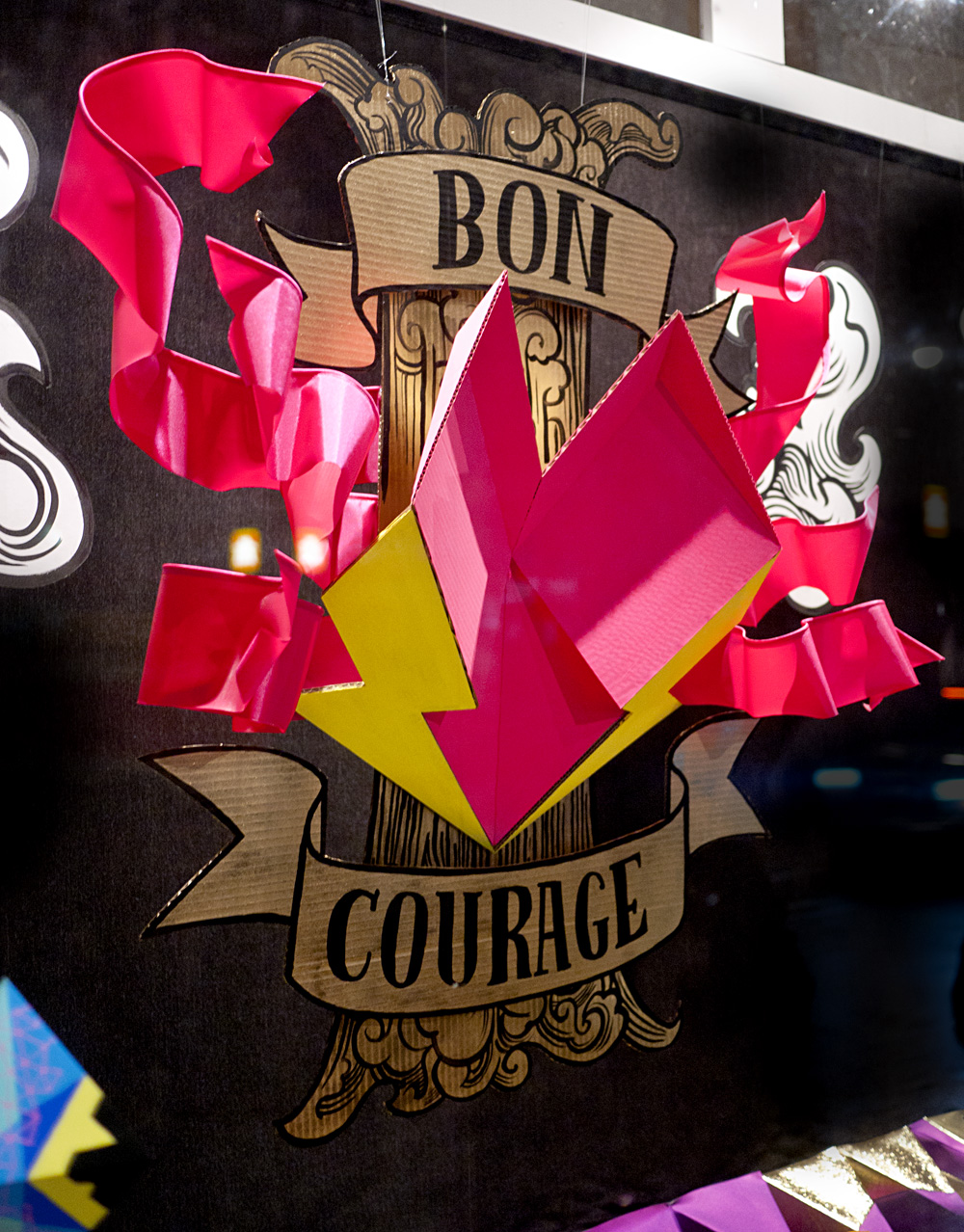 Bon Courage from the side.
