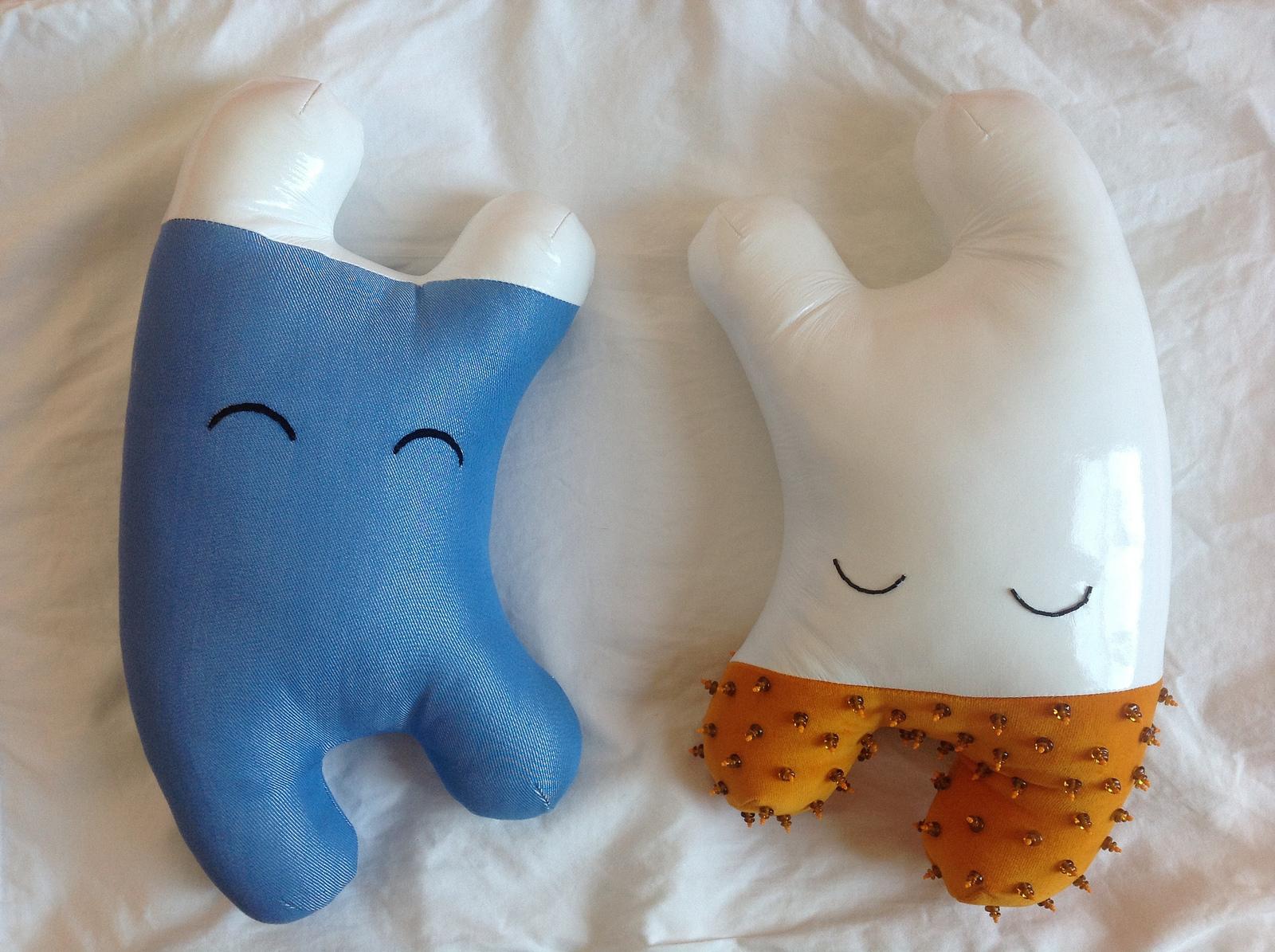 Happy Sleepy sculptures